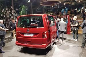Volkswagen Multivan 2020 > Pusat Hobi