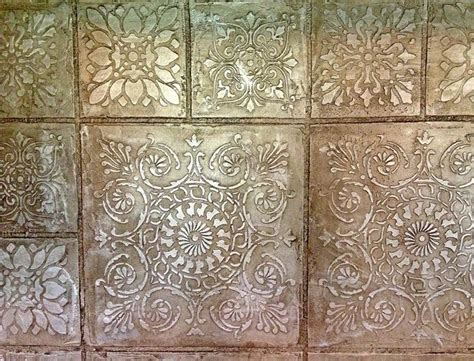pin  stenciled painted walls