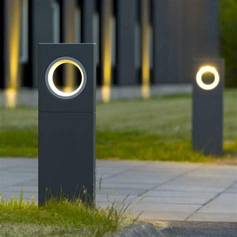 Moon paletto   PLATEK LIGHT S.R.L.   LAMPADE DA ESTERNO