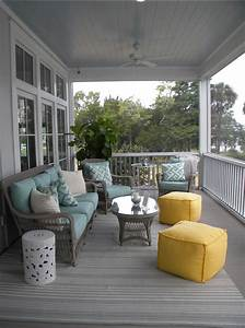 Beach House with Colorful Interiors - Home Bunch Interior