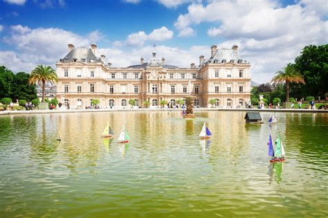 Sailboats Jardin Du Luxembourg by Senate And Sailboats At Jardin Du Luxembourg In