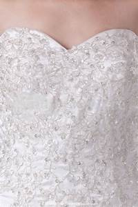 list of the trendiest wedding dress material and fabrics With wedding dress material