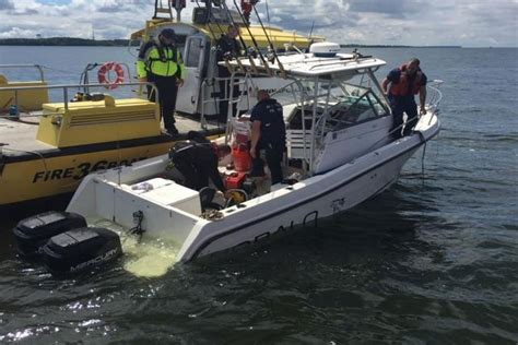 Tow Boat Us Or Sea Tow by How To Safely Transfer Boat To Boat Tips From Sea