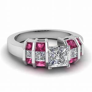 Wide bar set princess cut diamond engagement ring with for Princess cut pink diamond wedding rings