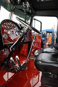 Trucking..Peterbilt custom interior | Semi-Trailers ...