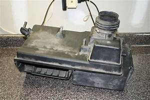 2006 Volvo S40 2 4i Air Filter Intake Box Compartment