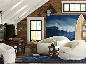 Bedroom Lounge Interior by Surfer Style Interior Design Mywebroomsurfer