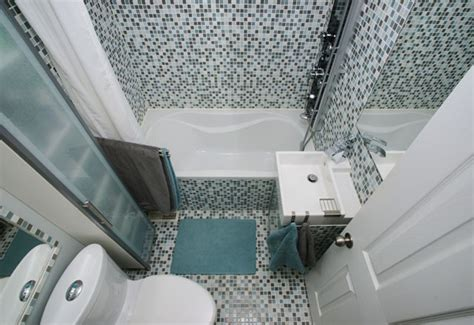 Badezimmer Kleines Bad Ganz Groß by Kleines Bad Ganz Gro 223 6 Tricks Wie Sie Ihr Bad Optisch