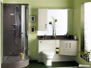 Choosing paint colors green paint colors for a small for Small bathroom paint ideas green