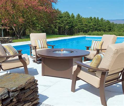 Pool And Patio Furniture by Tub Clearance Patio Clearance Pool Table Clearance