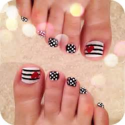 Most beautiful polka dots nail art designs