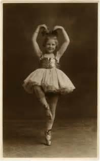 Resultado de imagen de niño vintage