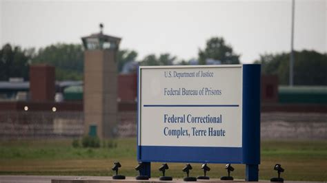 Lisa Montgomery, Only Woman On Federal Death Row, Receives ...