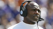 UT fires football Coach Charlie Strong, AP reports - ABC13 ...