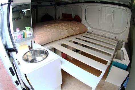 camion amenage pour cuisine 17 meilleures idées à propos de vito aménagé sur