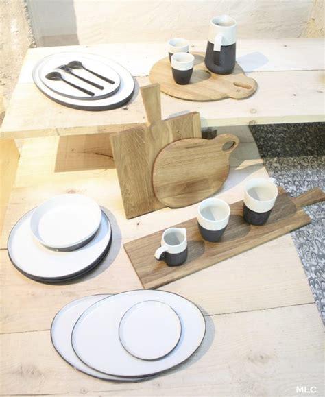 planche cuisine bois accumulation de planche à découper en cuisine