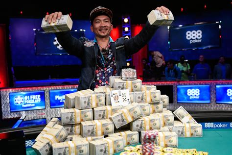wsop main event final table 2017 wsop signs new 4 year deal scraps november nine format
