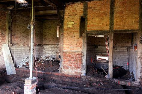 aussenwand vor feuchtigkeit schützen kornspeicher sanierung neppel ein und