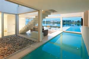 Genius Pool Inside The House by Proyectotal Septiembre 2013