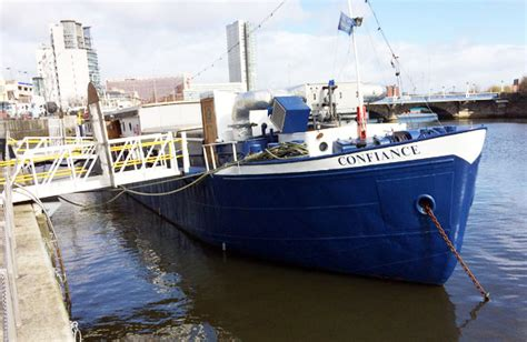 Dinner On A Boat Belfast by 2 Quirky Places To Eat Out In Belfast