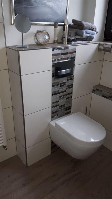 Badezimmer Fliesen Abschluss by Badezimmer Kast Fliesen