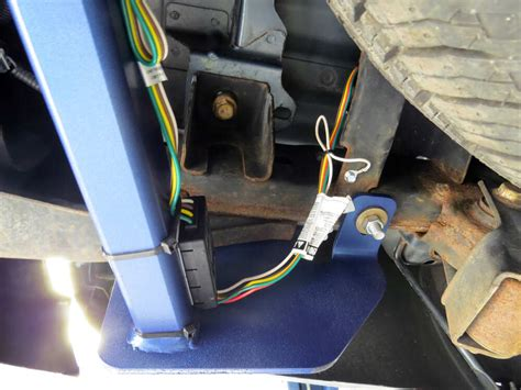 chevrolet colorado custom fit vehicle wiring curt