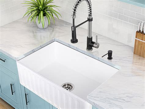 how to choose kitchen sink kitchen sinks efaucets 7211