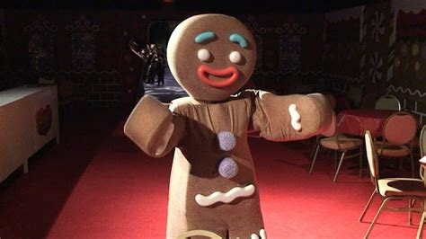 gingy  shrek dances   gingy style  meet