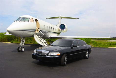 Limo Ride To Airport by Best Toronto Limo Service Enjoy Finest Airport Limo