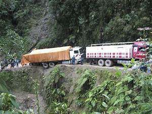 Road of Death - Yungas, Bolivia | I Like To Waste My Time