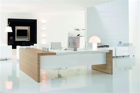 bureau blanc et bois bureau kyo cuir montpellier 34 nîmes 30 clermont l 39 herault