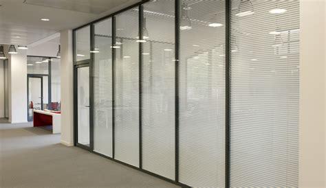 am駭ager un bureau les cloisons amovibles avec store int 233 gr 233 espace