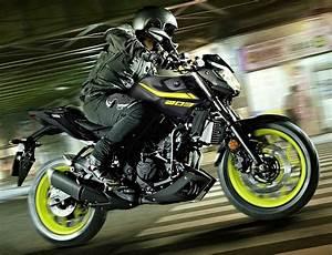 Moto Nouveauté 2018 : nouveaut moto yamaha 2018 id es d 39 image de moto ~ Medecine-chirurgie-esthetiques.com Avis de Voitures