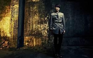 Foto Peniel BTOB di Photoshoot Promo Album 'Thriller ...