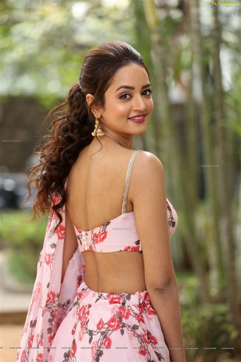 Welcome to my official facebook page. Tollywood HQ - Shanvi Srivastava At Athade Srimannarayana ...