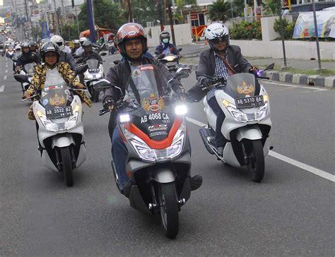 Pcx 2018 Jogja by Honda Pcx Club Indonesia Chapter Jogja Keliling Kota Dalam