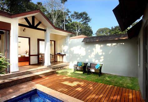 jaccuzzy villa thekkadykeralavandanmeduluxury resort