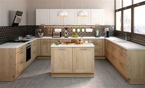 tendance des cuisines aux fa 231 ades en bois clairs et bois plus fonc 233 s