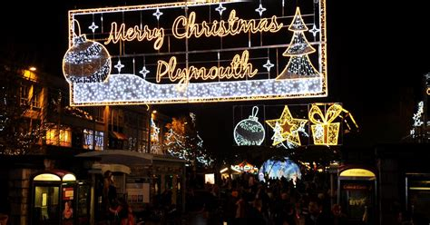 when will plymouth s christmas lights be switched on