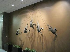 climbing man wall sculpture photo – Home Furniture Ideas
