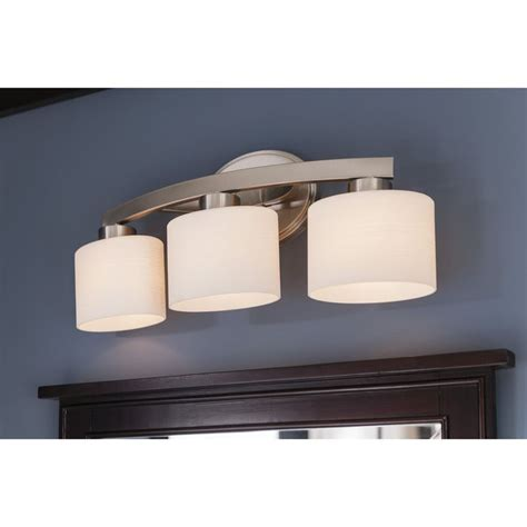 Bathroom Vanity Light Fixtures Brushed Nickel by Best 20 Brushed Nickel Ideas On Bathroom