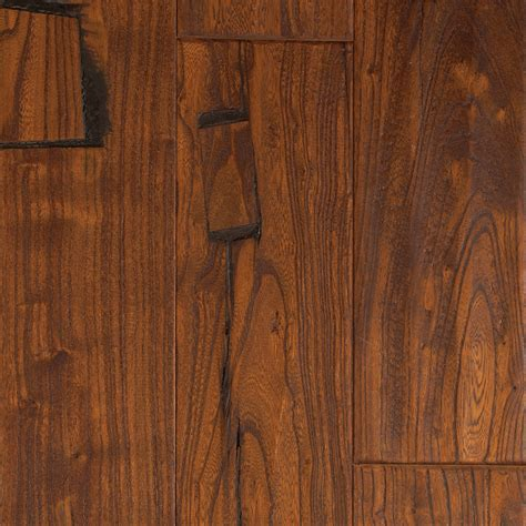 elm hardwood shop mohawk montefino 5 in antique elm elm hardwood flooring 19 69 sq ft at lowes com