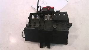 2002 Mercedes C230 Battery Terminal Fuse Box 2035450803