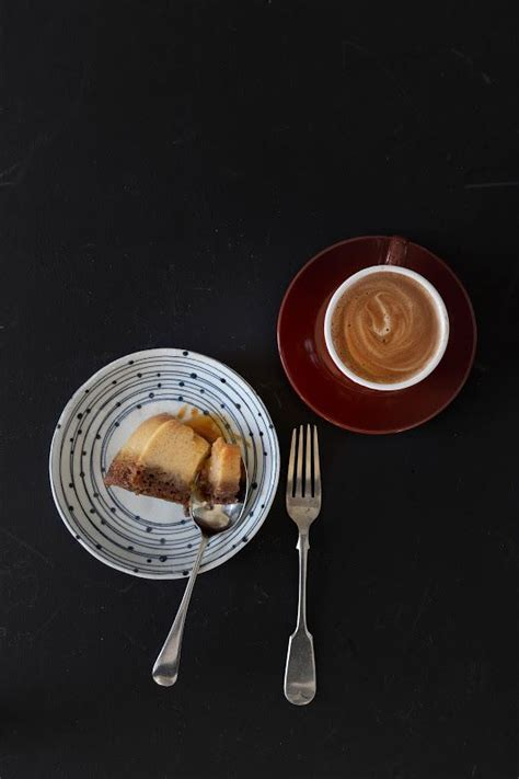 This coffee flan agar jelly (thach flan ca phe) recipe combines creamy flan and bittersweet coffee with the fun, jiggly texture of jelly. Vietnamese Coffee and Caramel Coconut Flan Cake | Coconut caramel, Vietnamese coffee, Coconut flan