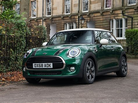 Mini Cooper 60 Years Edition (2019) - pictures ...