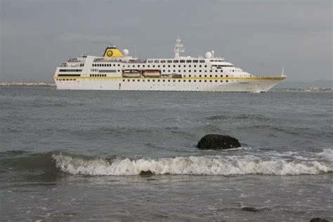 NAVIGATION-Cruising And Maritime Themes Cruise Ship U0026quot;HAMBURGu0026quot;