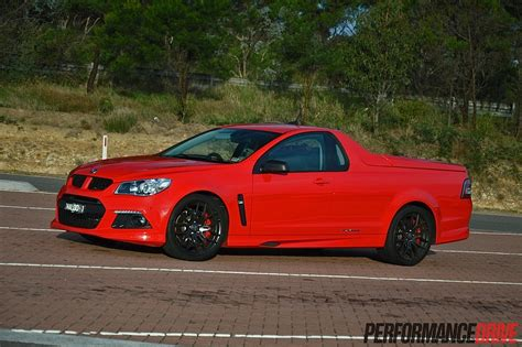 holden maloo hsv gen f maloo r8 sv review video performancedrive