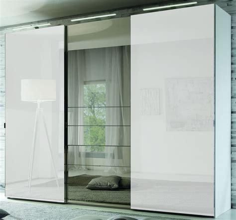 kleiderschrank mit tv fach staud media schwebet 252 renschrank mit tv aussparung u spiegel wei 223 336 cm ebay
