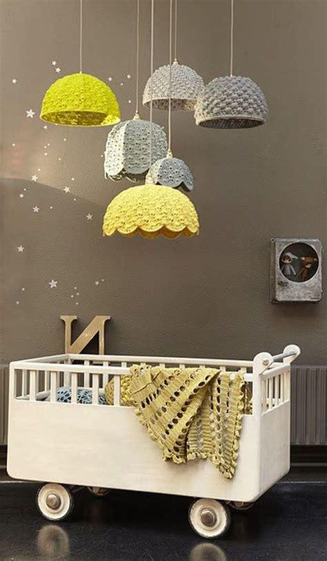 peinture taupe chambre déco de la chambre bébé fille sans en 25 idées