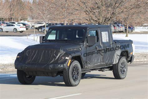 jeep scrambler pickup  start    roadcom